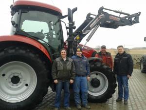 Wir gratulieren sehr herzlich Michael und Florian Gaillinger zum neuen Schlepper Case CVX 130